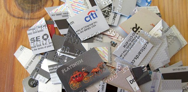 Credit Card Issuers Really Want Us to Redeem Our Points for Gift Cards